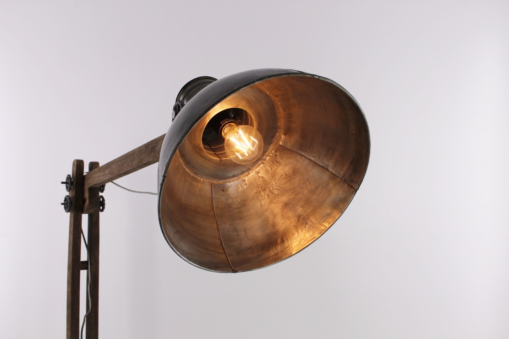 Industriele lamp betonlook stunning industrile hanglamp for Staande lamp betonlook